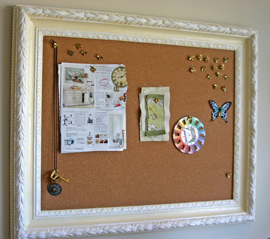 5 creative diy office desk d cor projects careerbliss for How to decorate a cork board